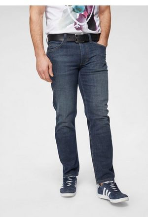 Mustang Straight-Jeans »TRAMPER« in 5-Pocket-Form