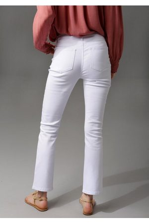 Aniston Bootcut-Jeans in knöchelfreier Länge