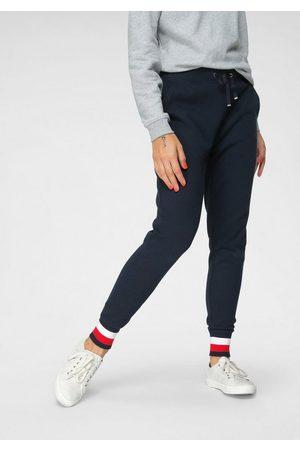 Tommy Hilfiger Sweathose »HERITAGE SWEATPANTS« mit den typisechen Tommy Streifen am Beinabschluss & Logo-Flag