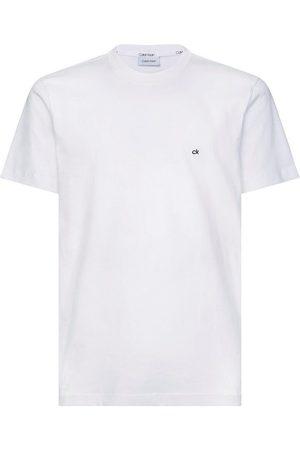 Calvin Klein T-Shirt »COTTON LOGO EMBROIDERY« kleine ck- Stickerei