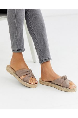 ASOS – Jolly – Espadrilles mit Knotendesign in