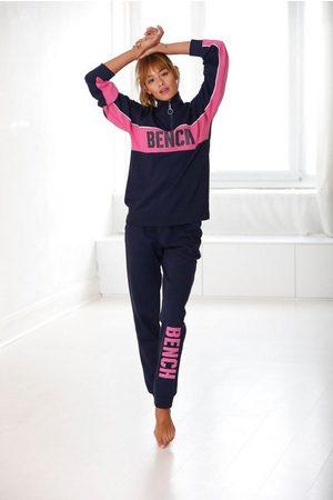 Bench Sweathose »Contrast« mit kontrastfarbenem Logoprint