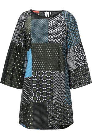 Smarteez Damen Kleider - KLEIDER - Kurze Kleider