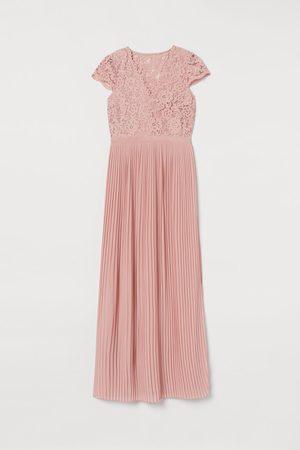 H&M Langes plissiertes Kleid