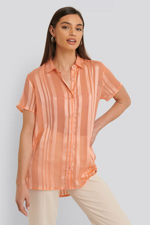 Sparkz Damen Tops & T-Shirts - Kurzarm-Oberteil - Pink