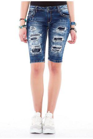 Cipo & Baxx Shorts mit Ripped-Details und Capri-Look