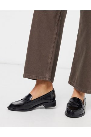 ASOS – Mail – Flache Loafer in