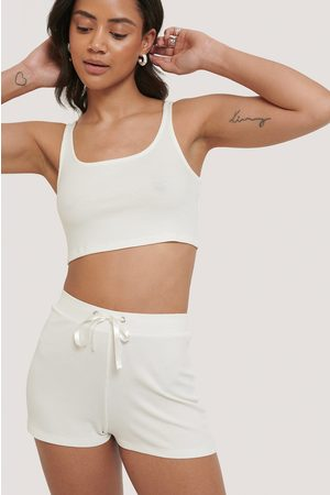 NA-KD Geripptes Lounge Cropped Top - Offwhite