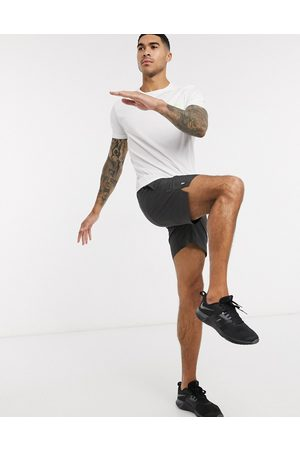 New Look – SPORT – Graue Laufshorts aus recyceltem Polyester