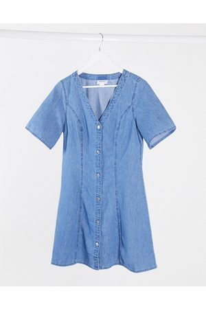 Monki – Skater-Kleid aus Denim