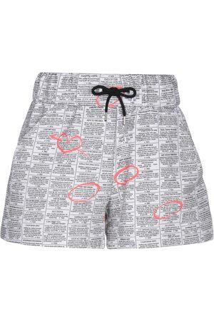 JEREMY SCOTT Damen Shorts - HOSEN - Shorts