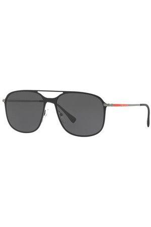 Prada Linea Rossa Brillenform: Browline. Label-Schriftzug auf den Bügeln. UV 400 Filter. Inkl. Brillenetui. Made in Italy. Maße bei Größe 56:- Gesamtbreite: 141 mm- Bügellänge: 140 mm- Glashöhe: 47 mm- Glasbreite: 56 mm- Stegbreite: 16 mm- Gewicht: 27 g