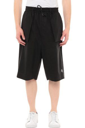 MARCELO BURLON Herren Bermuda Shorts - HOSEN - Bermudashorts