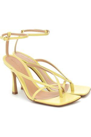 Bottega Veneta Sandalen Stretch aus Leder