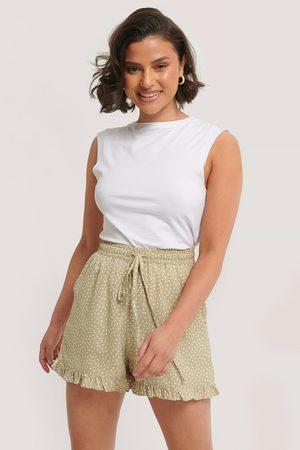 NA-KD Damen Shorts - Dotted Frill Hem Shorts
