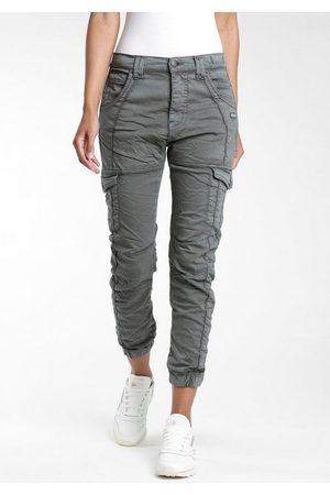 Gang 5-Pocket-Hose »Giselle« mit aufgesetzten Cargotaschen