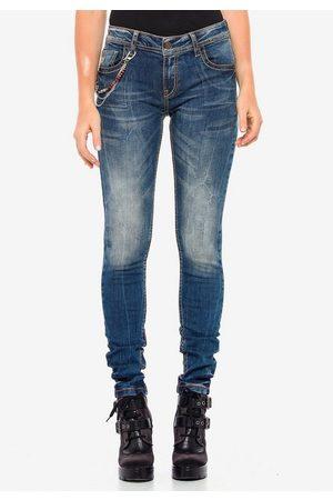 Cipo & Baxx Slim-fit-Jeans mit stylischer Kette in Straight Fit