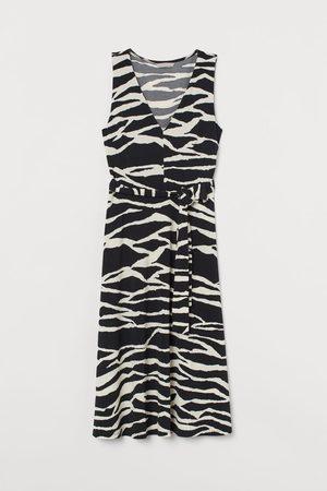 H&M Kleid mit Bindegürtel