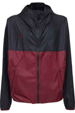 Nike Acg Lightweight Hooded Nylon Jacket