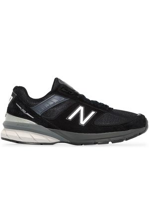 New Balance Sneakers aus Wildleder