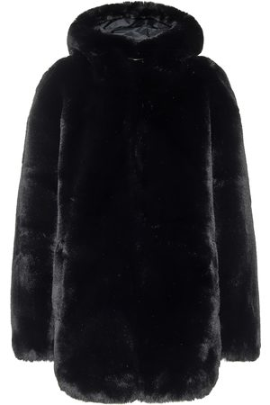Goldbergh Mantel Furina aus Faux Fur