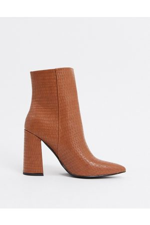 London Rebel – Spitze Ankle-Boots mit Absatz in Toffee