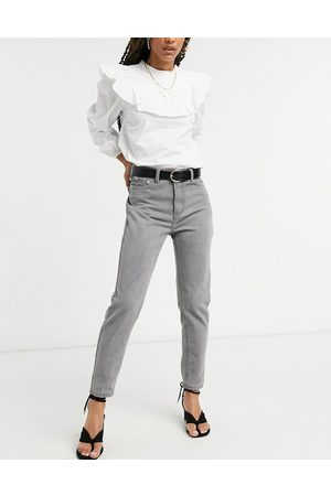 In The Style X Jac Jossa – Mom-Jeans in