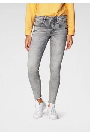 Gang Ankle-Jeans »Medina« mit leicht ausgefranster Kante am Saumabschluss
