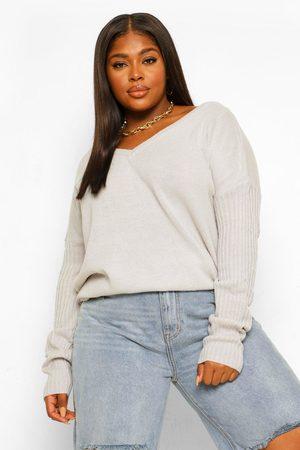 Boohoo Womens Plus Pullover Mit Vorder- Und Rückseitigem V-Ausschnitt - - 44-46