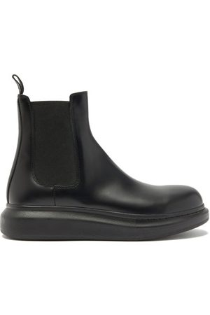Alexander McQueen Hybrid Exaggerated-sole Leather Chelsea Boots