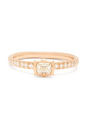 Jade Trau Vanguard Solitaire Diamond & 18kt Ring