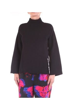 Ice Play Pullover A004-9007