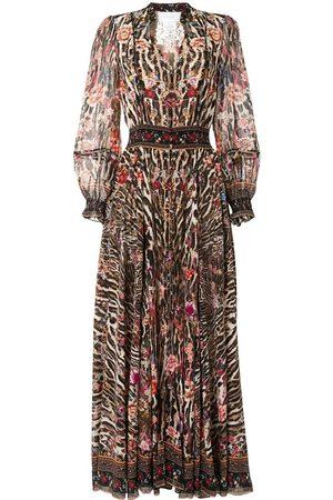 Camilla Klassisches Kleid