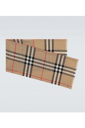 Burberry Karierter Schal aus Wolle und Seide
