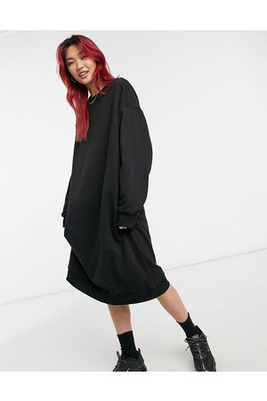 Weekday – Payton – Midi-Sweatshirtkleid in