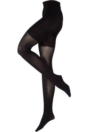 Falke Die Feinstrumpfhose BEAUTY PLUS von zaubert makellos schöne Beine dank feiner Transparenz und matter Optik. Durch das effektive Feuchtigkeits-Management im Hosenteil wird auf einen angenehmen Komfort eingegangen. Der breite Komfortbund definiert sic