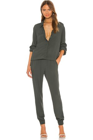 MONROW Crepe Long Sleeve Jumpsuit in . Size XS.