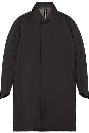 Veilance Partition Coat in . Size M, S.