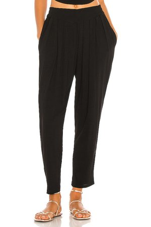 Indah Tanah Solid 80s Pleated Trouser in . Size S/M, XS/S.