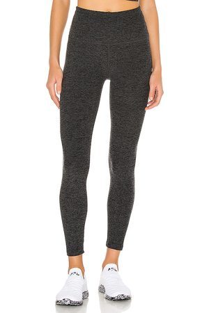 Beyond Yoga Caught In The Midi Legging in . Size M, S, XS.