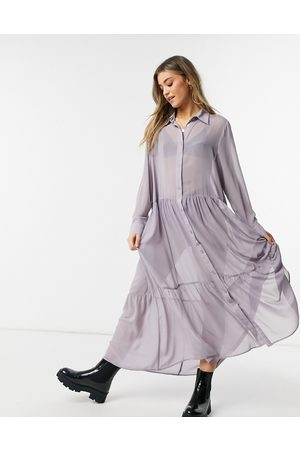 Monki – Collina – Maxi-Hemdkleid in Flieder