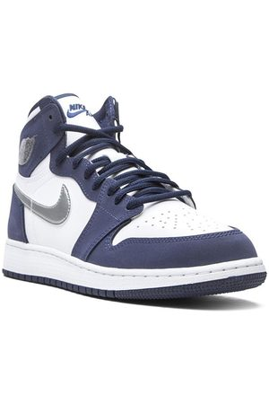 Nike Air Jordan 1 Retro Sneakers