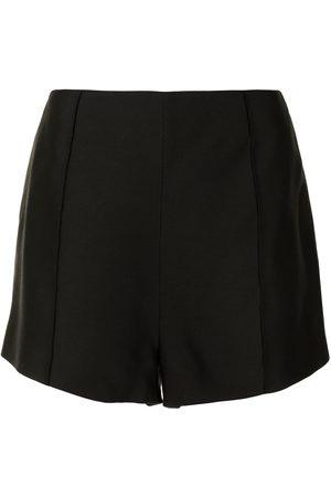 Macgraw Shorts mit Falten