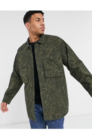 Levi's Levi's – Hayes – Oversized-Hemdjacke mit Military-Muster in Scratch