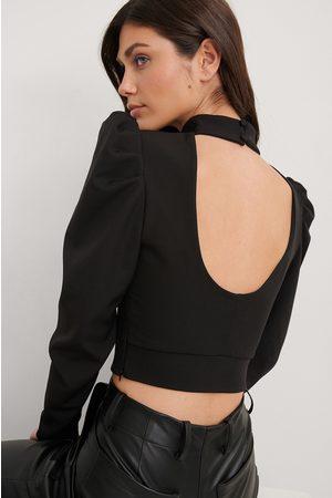 Trendyol Bluse Mit Offenem Rücken - Black