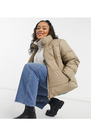New Look New Look Curve – Steppjacke mit Kapuze in Camel