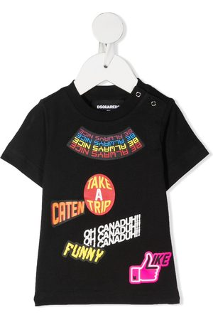 Dsquared2 T-Shirts, Polos & Longsleeves - Traveler Patch T-Shirt