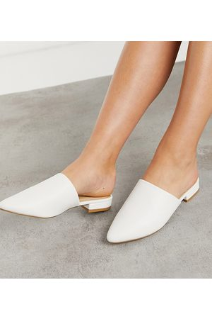 Truffle Collection Wide Fit – Flache, spitze Mules in