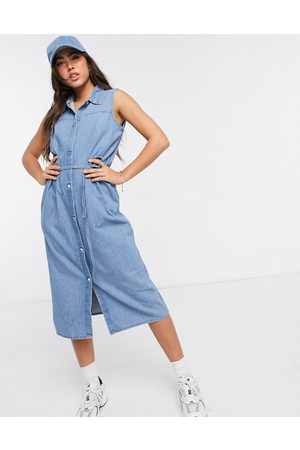 Monki – Ärmelloses Hemdkleid aus Denim