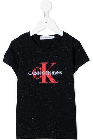 Calvin Klein Mädchen T-Shirts, Polos & Longsleeves - T-Shirt mit Logo-Print